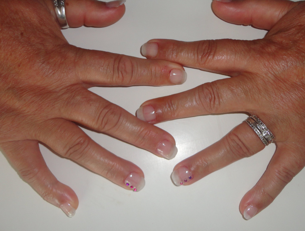 Gel uv Capsules-gel-naturel+strass-1024x775
