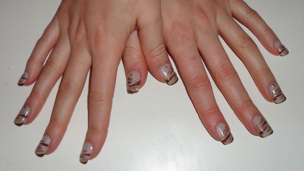 gel UV sur ongles naturels nail art zébré dsc03045